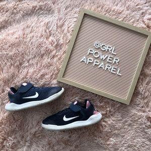 Nike 2018 Girl's Free RN Sneakers